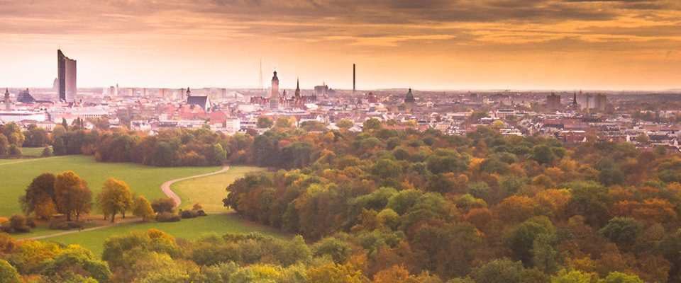 Kostenloses Luftbild: Herbstliches Leipzig im Rosental
